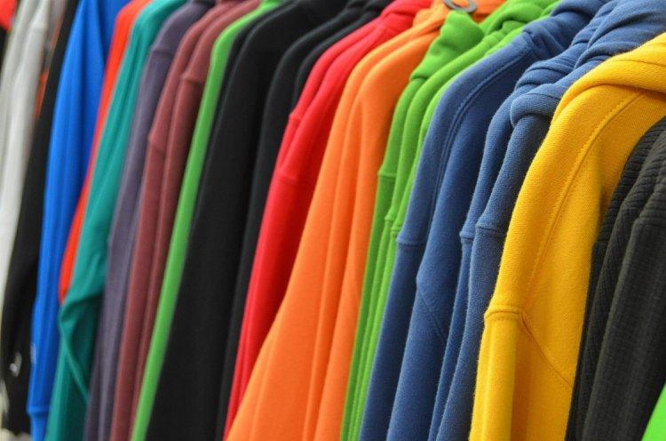 sweatshirts-428607_1920